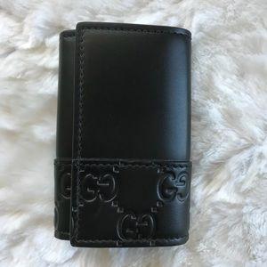 69c0402f02d Gucci Accessories - NEW Gucci Key Holder Black Wallet Case Guccissima